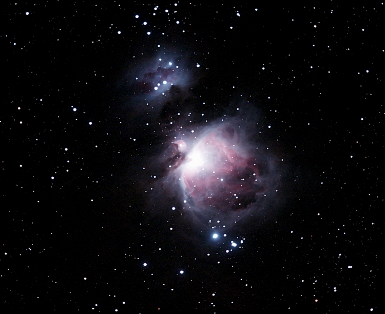 M42 Orion neb; mag 4; size 40x20'; exp 10 min (12x50 sec); Canon 200mm f/2.8 lens; ISO 1600; IDAS; Nexstar for tracking; 1-22-09; Coyle